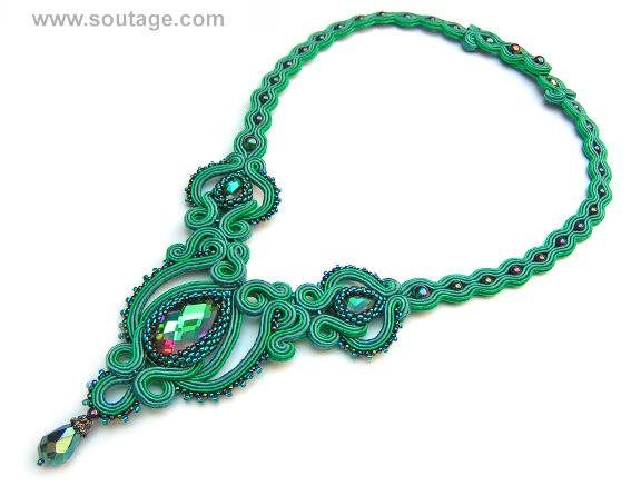 Emerald Lady is a jewelry set for evening occasions. It can be also a wonderfull gift. In Emerald Lady set are: earrings and necklace Used materials: Swarovski crystals, Toho beads, hematies, Preciosa crystal, soutache. Lenght earring: 5.5 cm Lenght of necklace embroidery: 11 cm. Wide: