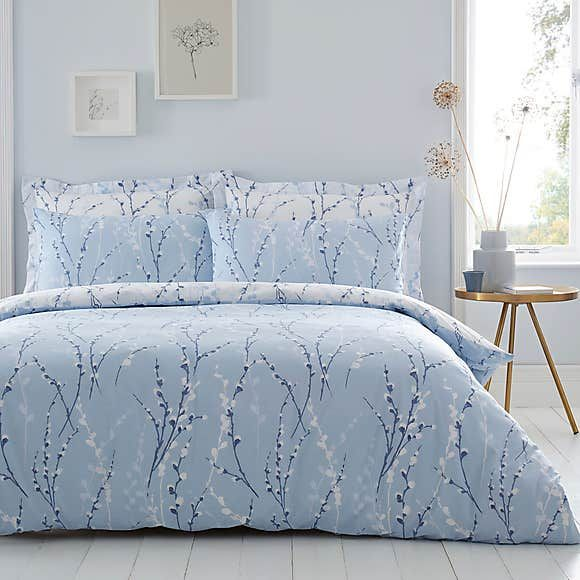 Belle Blue Reversible Duvet Cover And Pillowcase Set Duvet Sets Blue Duvet Cover Reversible Duvet Covers