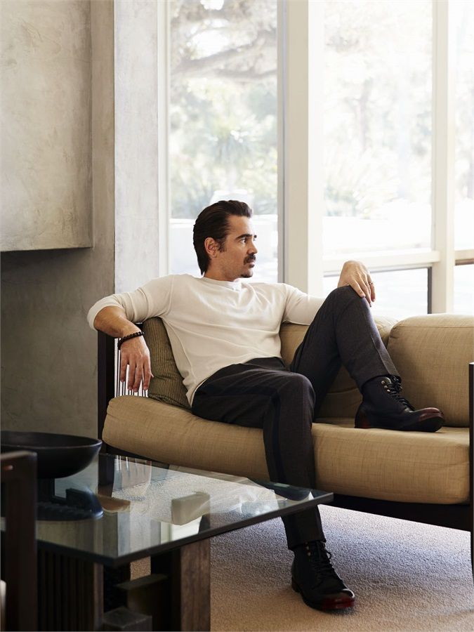 Colin Farrell is so handsome!