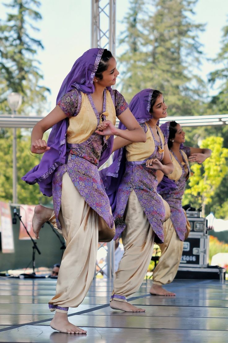 25 Best Ideas About Bhangra Dance On Pinterest
