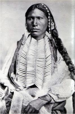 Portraits d'Indiens d'Amérique | Depuis les origines l'humanité à le choix être aveuglée par la vérité ou coudre ses paupières