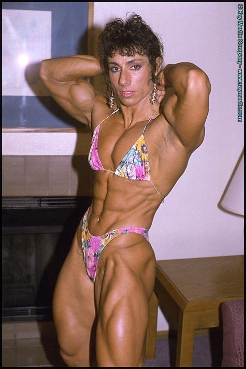 annie rivieccio muscle nude