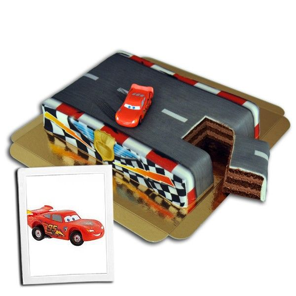 Cars – Flash McQueen sur gâteau-circuit 45€