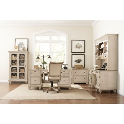 Riverside Furniture Coventry Two Tone Executive Standard