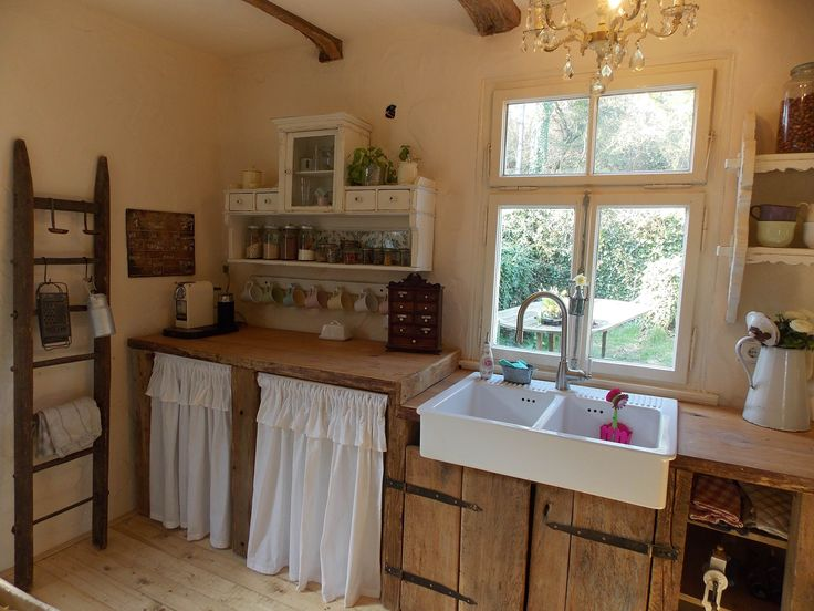 farmhouse kitchen - landhaus küche - shabby chic - altes holz