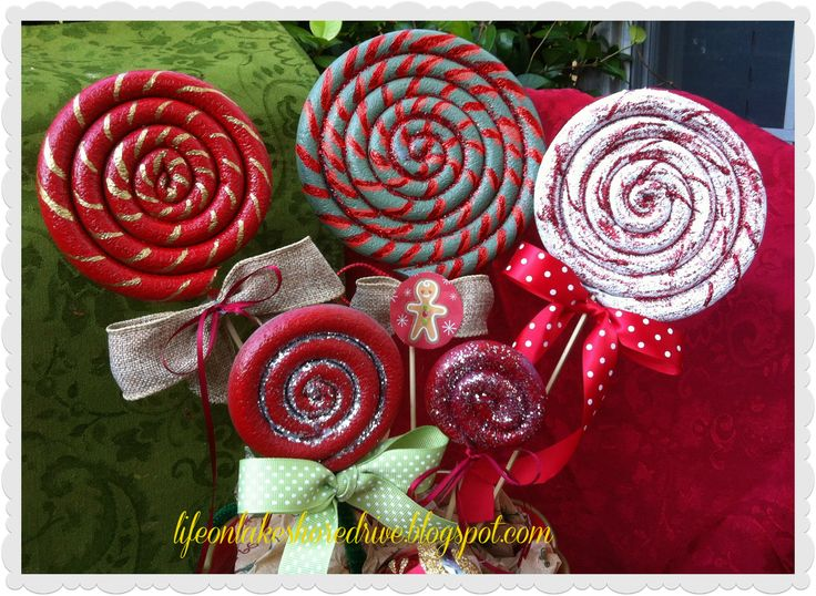Life on Lakeshore Drive: Christmas Lollipop Ornament Tutorial. Full tutorial! Cute!