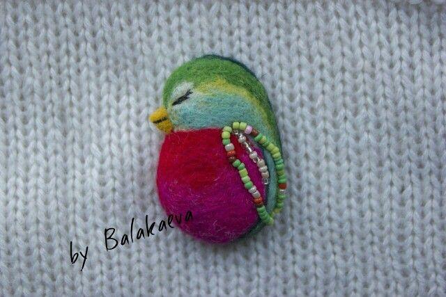 Wool bird, feltingwool, woolart, handmade, bird, brooch, птичка, райская птичка, птицы, валяные игрушки, фелтинг, розовая птица, валяная брошь, брошь, брошь своими руками, искусство,