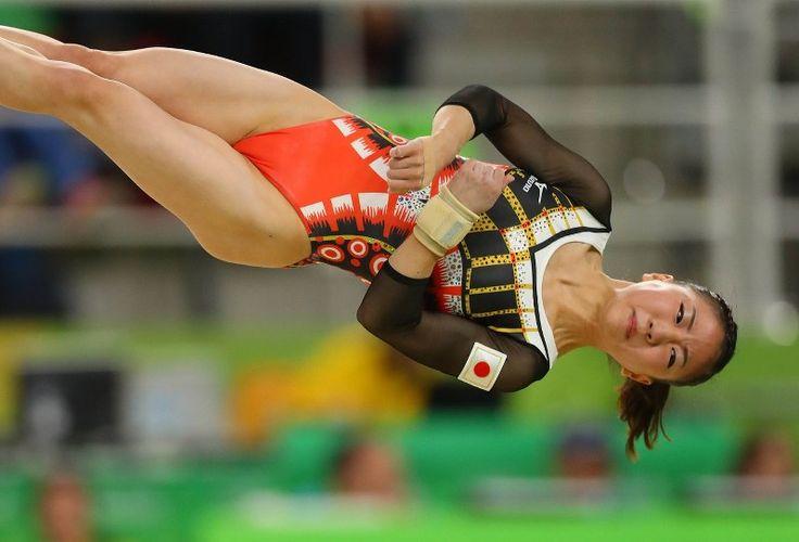 体操女子個人総合決勝での寺本明日香の床運動の演技=リオデジャネイロのリオ五輪アリーナで2016年8月11日、小川昌宏撮影