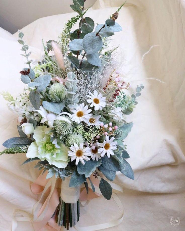 "10 Likes, 1 Comments - One Fine Day (@onefinedaywedding) on Instagram: "". ✳︎ bouquet ✳︎ ご依頼のブーケをお届けいたしました ご結婚おめでとうございます グリーンたっぷりにほんのりピンク 縦長のフォルムでボリュームたっぷり シルバーグリーンを基調に…"""
