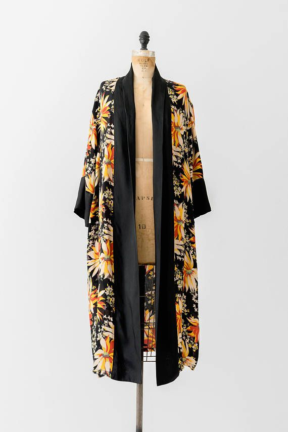 1920 s Floral Robe   20 s Flapper Kimono Duster Jacket   20s Black 7a10caa48