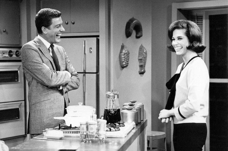 Mary Tyler Moore, Dick Van Dyke The Dick Van Dyke Show 11x17 Mini Poster Kitchen