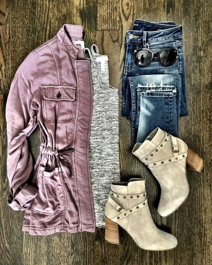 Pink field jacket, gray top, jeans, & booties | Cute outfit for running errands