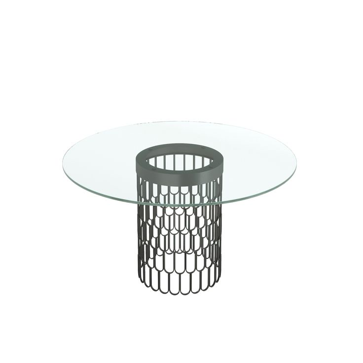 Brenda Dining Table - Dining Room Decor - Laskasas | Decorate your Life | Dining table topped with glass and laced metal frame. This table is presented in golden stainless steel and is ideal for a stylish and modern living room with a touch of refinement and luxury. | Discover the best mid-century interior design decor and inspirations