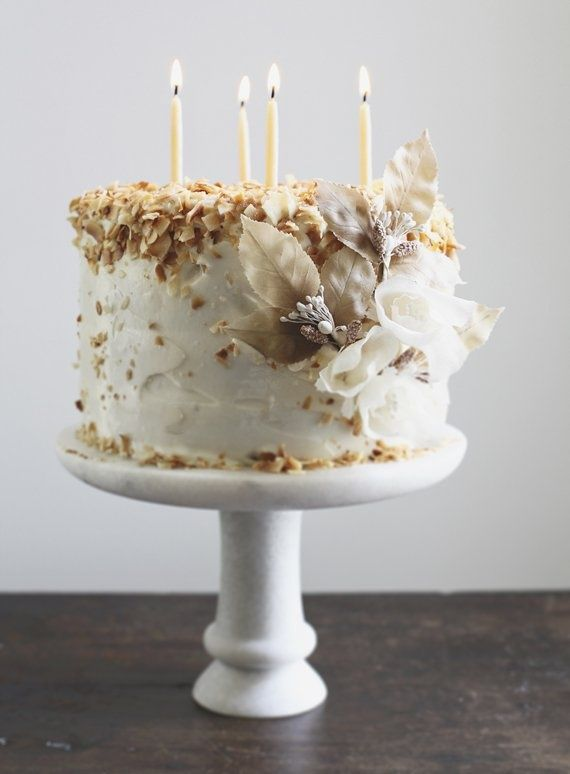 fleaingfrance: Coconut dream cake recipe linked….love the decoration…minus the candles lol
