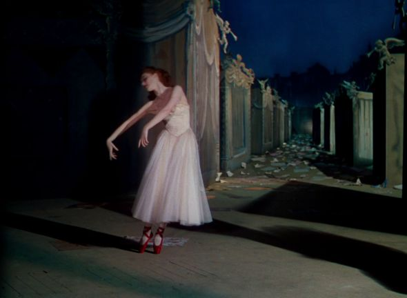 ballerina Moira Shearer in 'The Red Shoes' (1948)