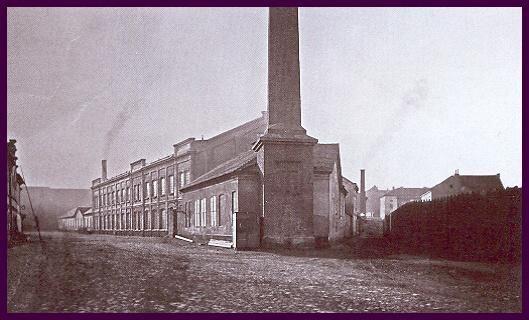 Plzeň/Pilsen. Rok 1870: nejstarší fotografie původně Valdštejnské strojírny v Tovární ulici.