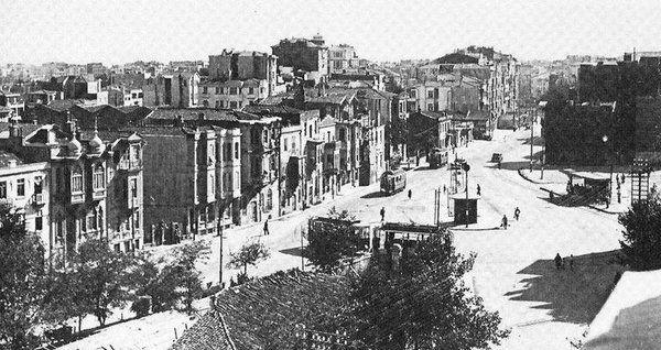Şişli Camii yapılmadan önce Şişli (1942)