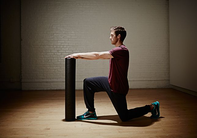 Q Training: Marathon Strength-Training - Foam Roller Hip Flexor (mobility)