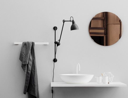 66 best salle de bain images on pinterest brittany room for Mini etagere salle de bain
