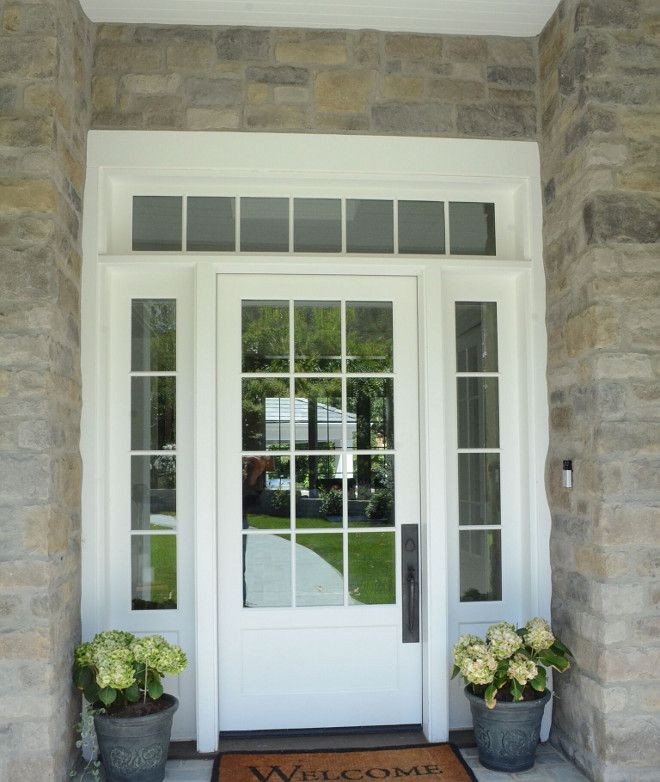 Trim Color: Benjamin Moore Decorator's White. Front Door Hardware: Ashley Norton – Apollo Series.