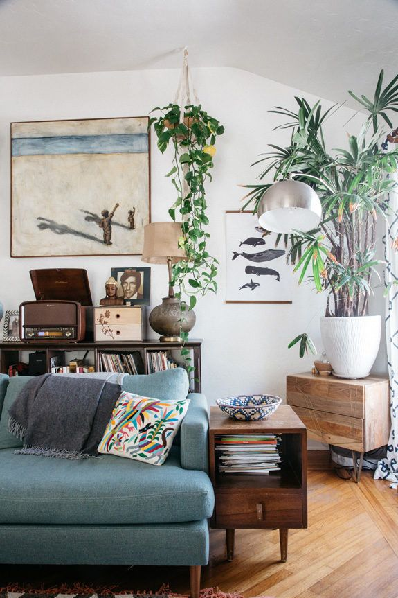 At Home With Photographer Marisa Vitale With Images Living Room Decor Eclectic Eclectic Living Room Colorful Eclectic Living Room