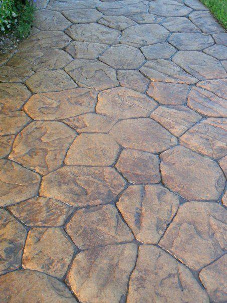 Stamped Concrete walk - really like the pattern! #betonamprentat #beton…