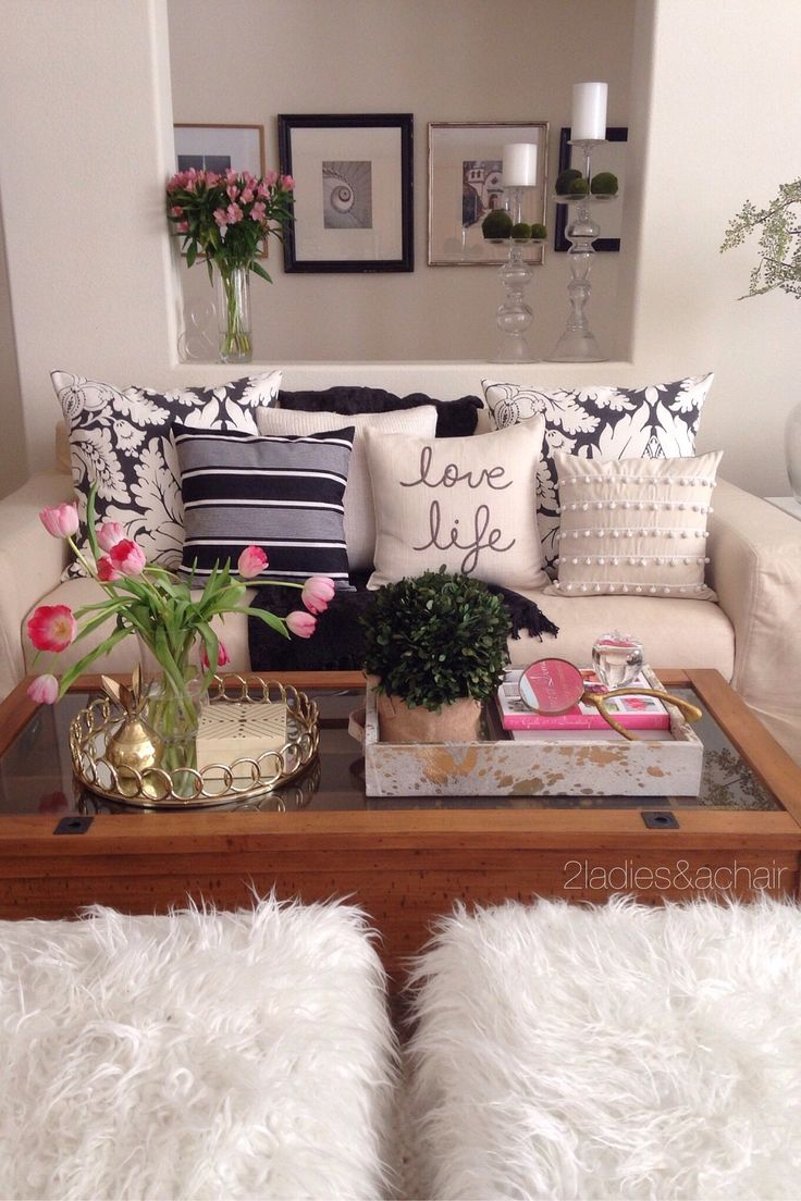 So many fabulous items to choose from HomeGoods!! Decorating is made simple when you shop there. On this coffee table we are keeping it all sparkles and shine with these amazing trays! They are both great for holding and displaying your decor items. Sponsored by HomeGoods