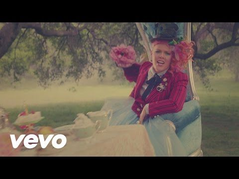"P!nk - Just Like Fire (From the Original Motion Picture ""Alice Through The Looking Glass"") - YouTube"