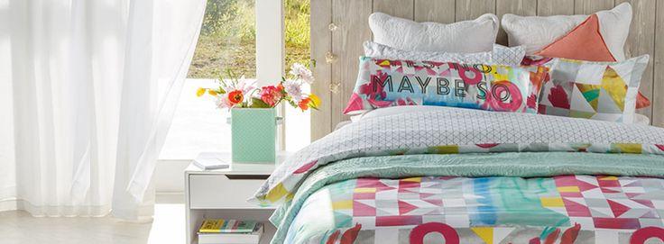 Splash of colour in this wonderful duvet set