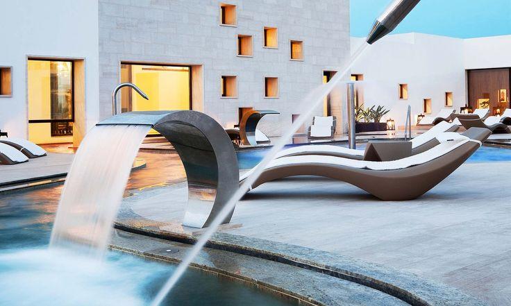 Grand Palladium Palace Ibiza Resort and SPA. Palladium Hotels and resorts, hotels in playa den Bossa.