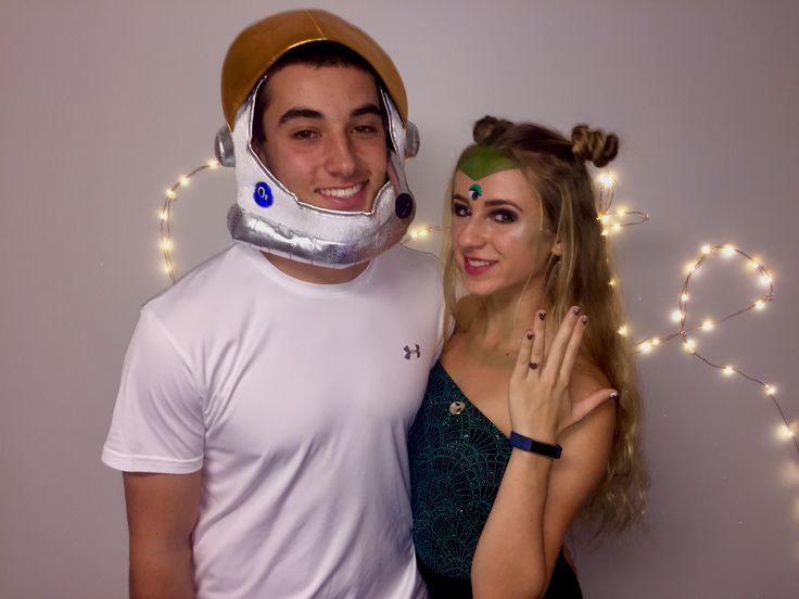 Alien and Astronaut Halloween costume. College. Couple Costume.