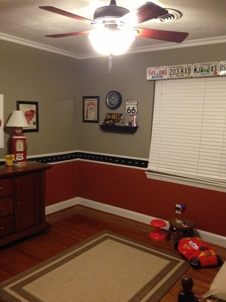 Vintage Car Boys Room | love the license plates above the window