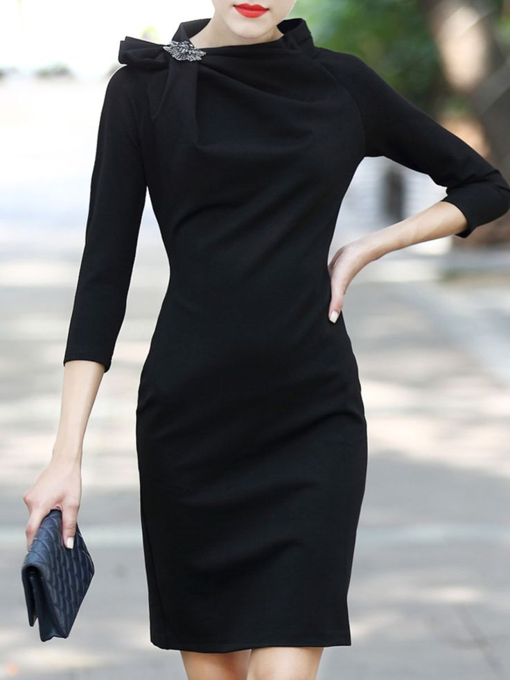For my SF Stylist: I just love the neck on this dress and the sleeves. The length is too short though.
