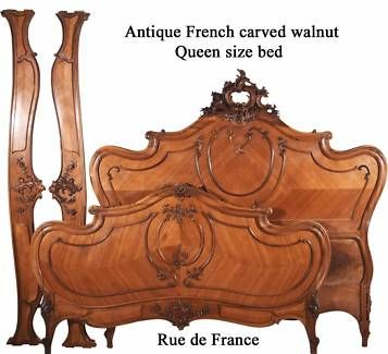 BIG ANTIQUE FRENCH CARVED WALNUT QUEEN SIZE ORNATE BED