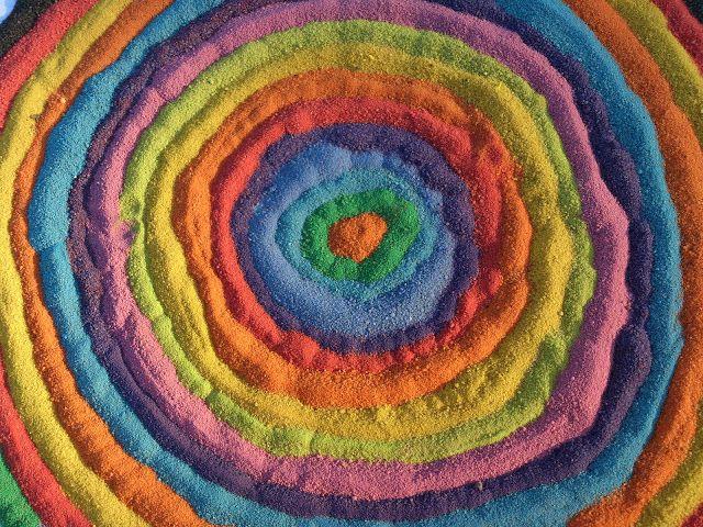 Akinajka Art For Kids: Jak zrobić kolorowy piasek?