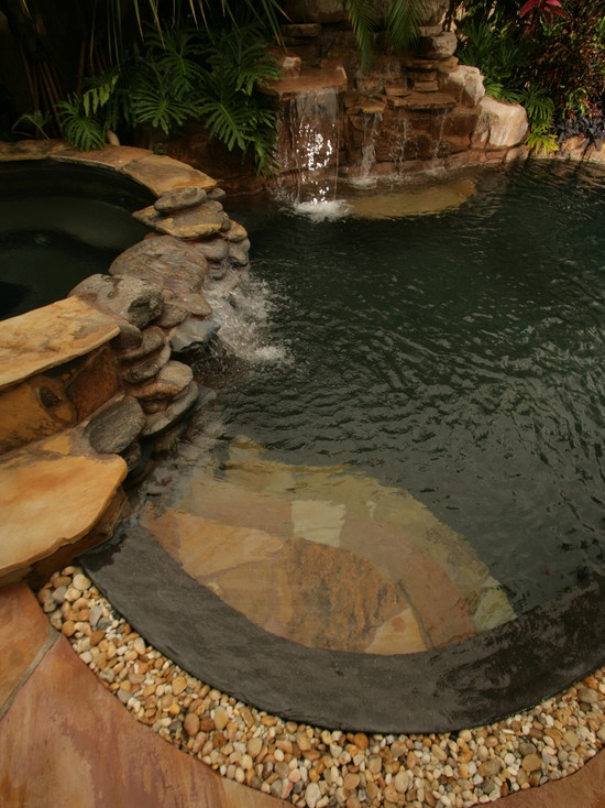 stone rock pool & spa