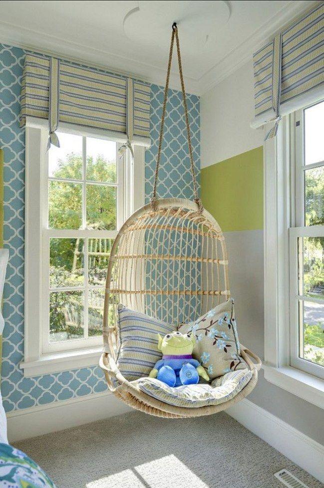 Zimmer gemütlich einrichten mit Hängestuhl - ist das cool! www.gofeminin.de/wohnen/kinderzimmer-einrichten-junge-s1494456.html