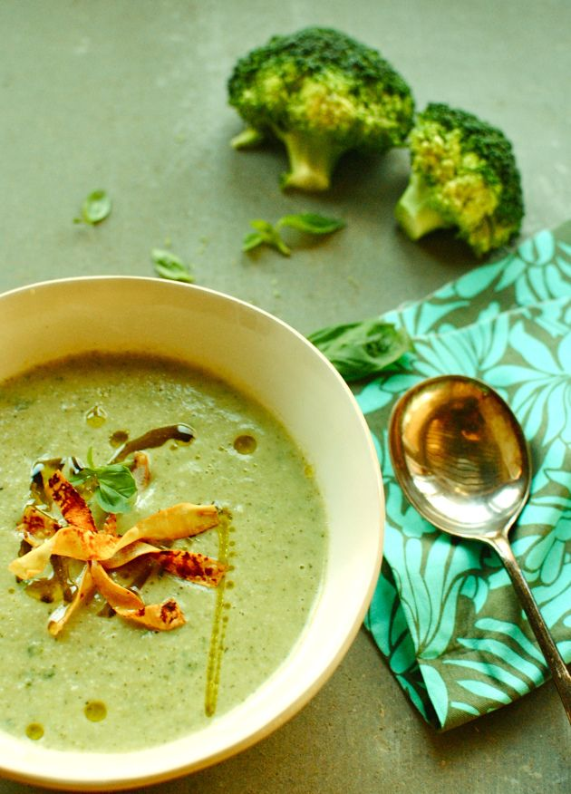 Broccoli Basil soup // MADE: delish! Added more basil than recipe asked for, cashew and basil is extremely subtle