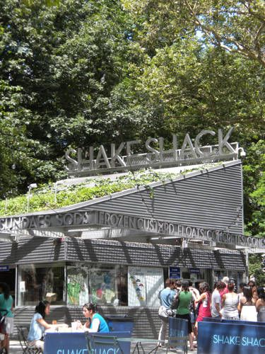 Shake Shack Madison Square Park New York City Best Food and Restaurants - Favorite New York City Food and Restaurants Guide