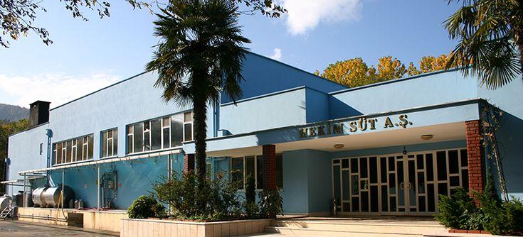 Hekim Süt Endüstrisi Gıda ve Yapı San. Tic. A.Ş. http://www.hekimholding.com/hekim-sut-endustrisi-gida-ve-yapi-san-tic-a-s