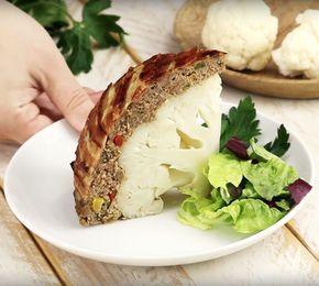Kalafiora przyrządzonego w ten sposób jeszcze nie jadłeś. Kiedy go przetniesz, miło się zaskoczysz | Popularne.pl