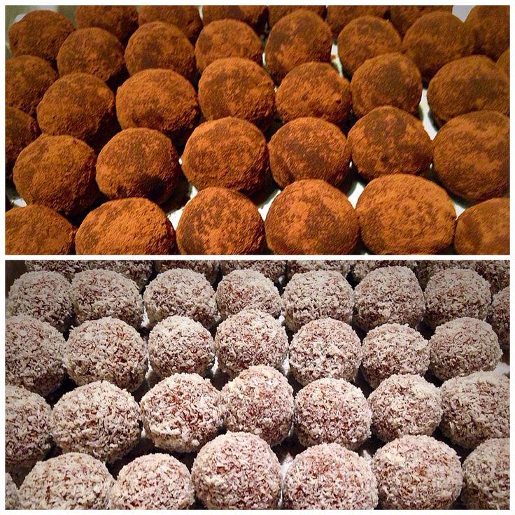 Choco truffels: amaretto and coconut. www.facebook.com/graphicsweddingsparties/