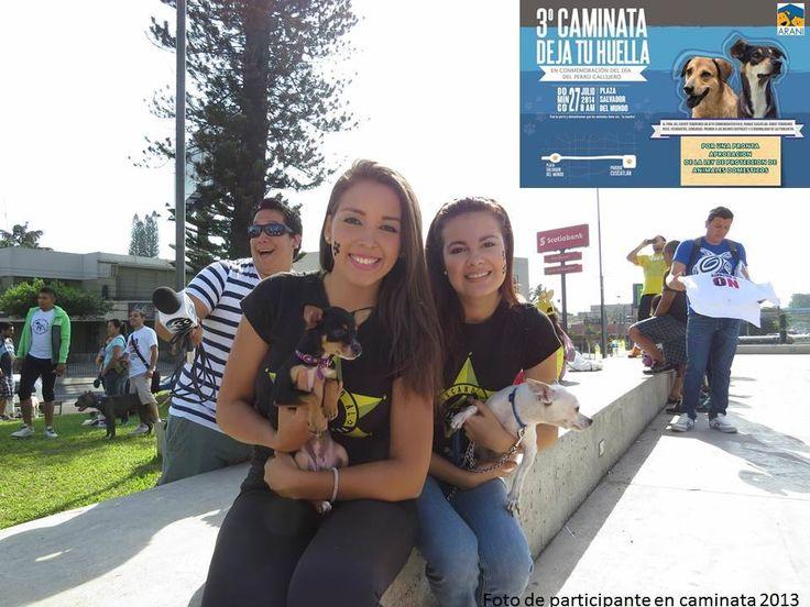Marcha día del perro callejero en El Salv.