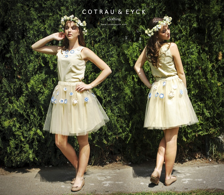 Tulle skirt and blouse - beige