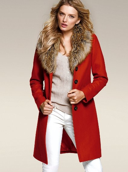 Faux-Fur Collar Coat. I don't know if it's the expression of the model's face or the large fur collar, but this turns me off.