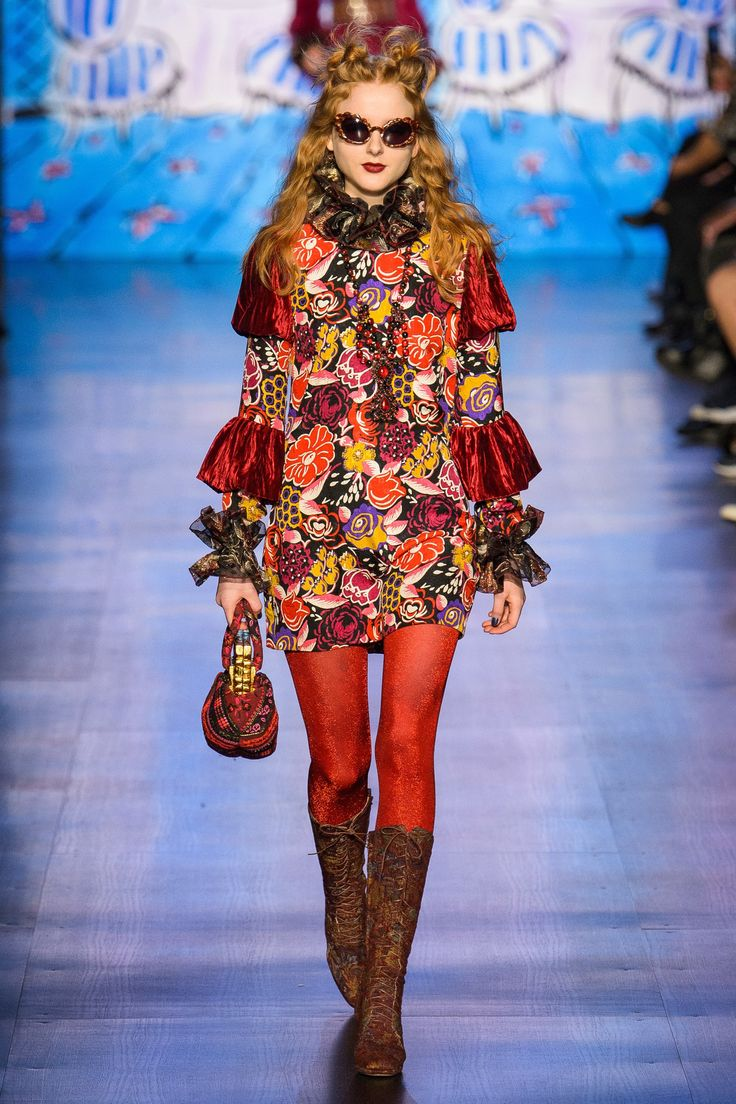 Anna Sui Fall 2017 Ready-to-Wear Fashion Show - Madison Stubbington
