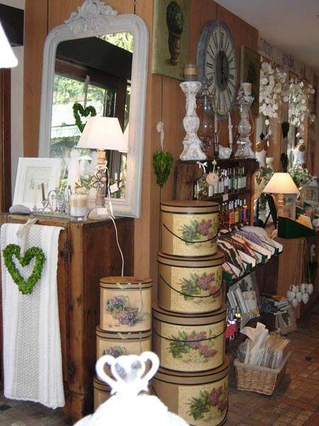 """Boutique """"Couleur Nature"""" - Yvoire - Village Medieval Lac Leman"""