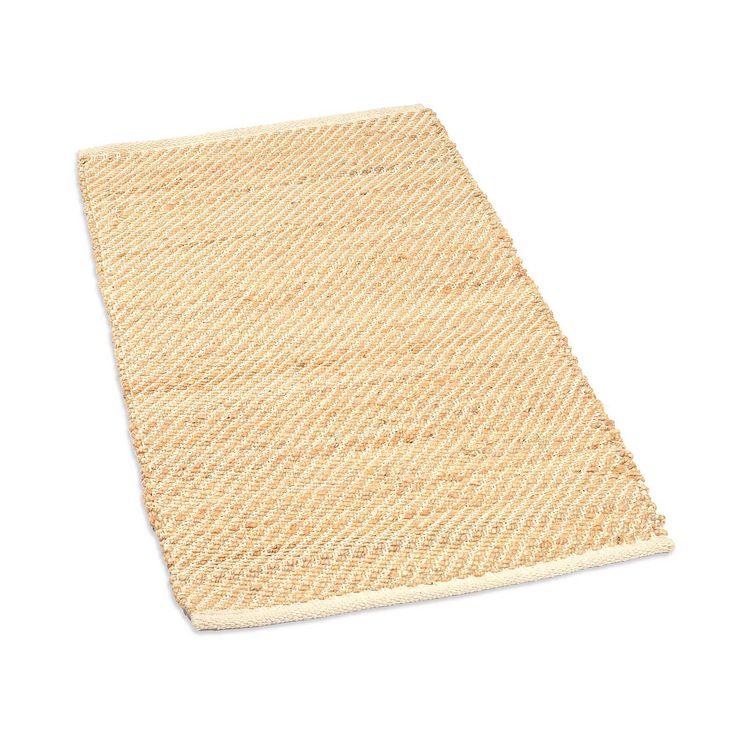 die besten 17 ideen zu teppich beige auf pinterest beige teppiche shag teppiche und neutraler. Black Bedroom Furniture Sets. Home Design Ideas