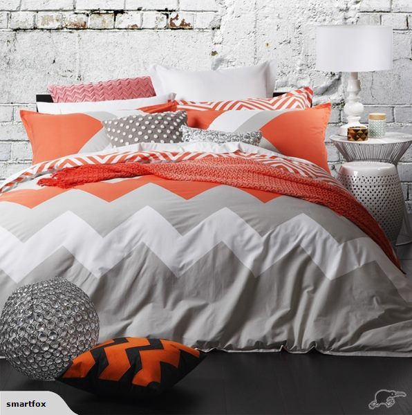 This listing is for 1 x Super King Duvet Set (1 x Super King Duvet Cover + 2 x Standard Pillowcases)  Super King Duvet Set: 265 x 210cm    Chevron is very now, ...