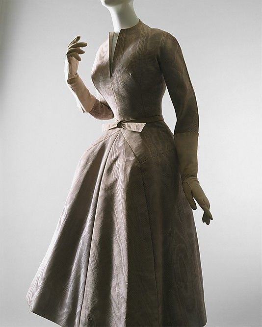 """""""La Cigale""""  House of Dior (French, founded 1947)  Designer: Christian Dior (French, Granville 1905–1957 Montecatini) Date: fall/winter 1952–53 Culture: French Medium: silk Dimensions: (a) Length at CB: 47 in. (119.4 cm) (b) Length: 44 in. (111.8 cm) Credit Line: Gift of Irene Stone, in memory of her daughter, Mrs. Ethel S. Greene, 1959"""